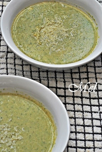 Healthy thick broccoli soup