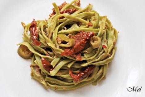 Sundried tomato linguine