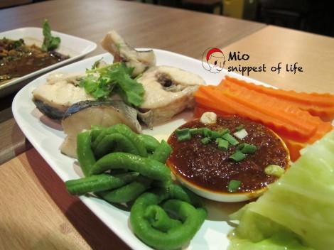 Somtam - 蒸鱼和汆菜