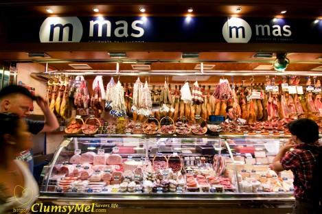 市集里贩卖的 Spanish ham & Sausage 看起来特别可口,在档口前徘徊了好久,非常想买!