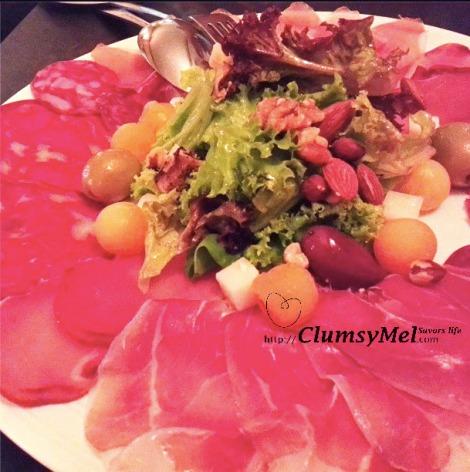 Birthday celebration in Elcerdo - Spanish ham platter