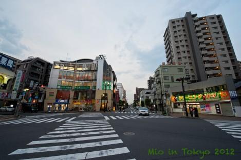 川越站出口往左直走