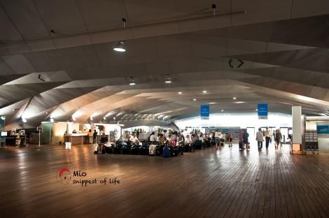 横滨国际客轮大栈桥-好多穿花衬衫的日本人要出国渡假了~