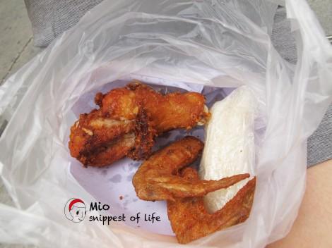 泰国街边小吃-充满香茅味道的炸鸡