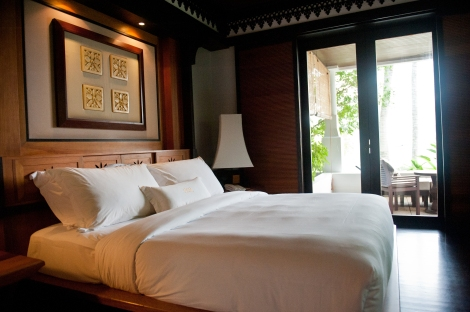 Pangkor Laut Resort, Malaysia - Queen size bed