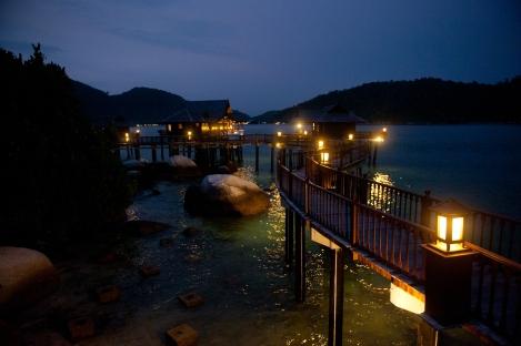 Pangkor Laut Resort - Water chalets Night view