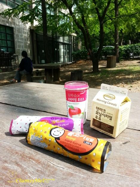 梨大校園內野餐:紫菜卷飯+牛奶