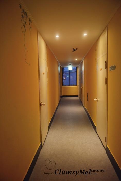 通往房間的走廊