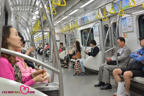 濟州島回來那天立刻從 Gimpo Airport 直接搭 9號線到 高速巴士客運站。